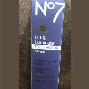 Boots No7 Lift And Luminate Triple Action Serum